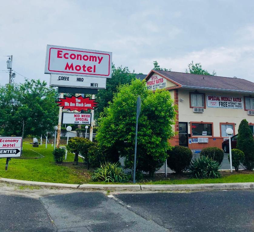 The Economy Motel.