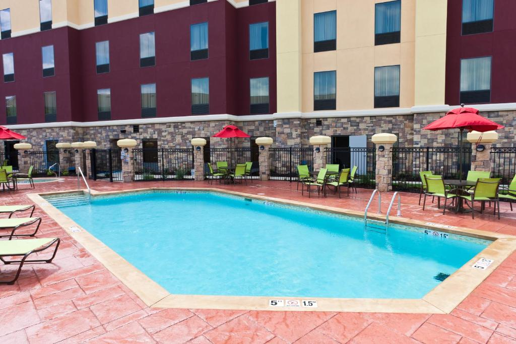 The swimming pool at or near Hampton Inn and Suites Tulsa Central
