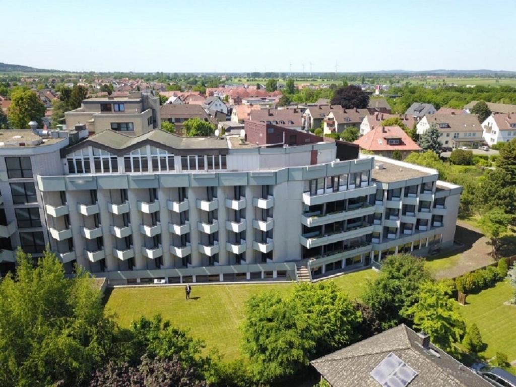 Blick auf Karaman Group Hotel aus der Vogelperspektive