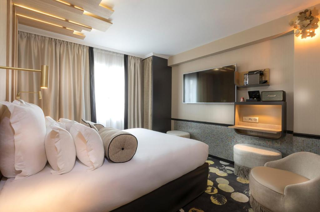 Hotel Du Cadran Paris, France