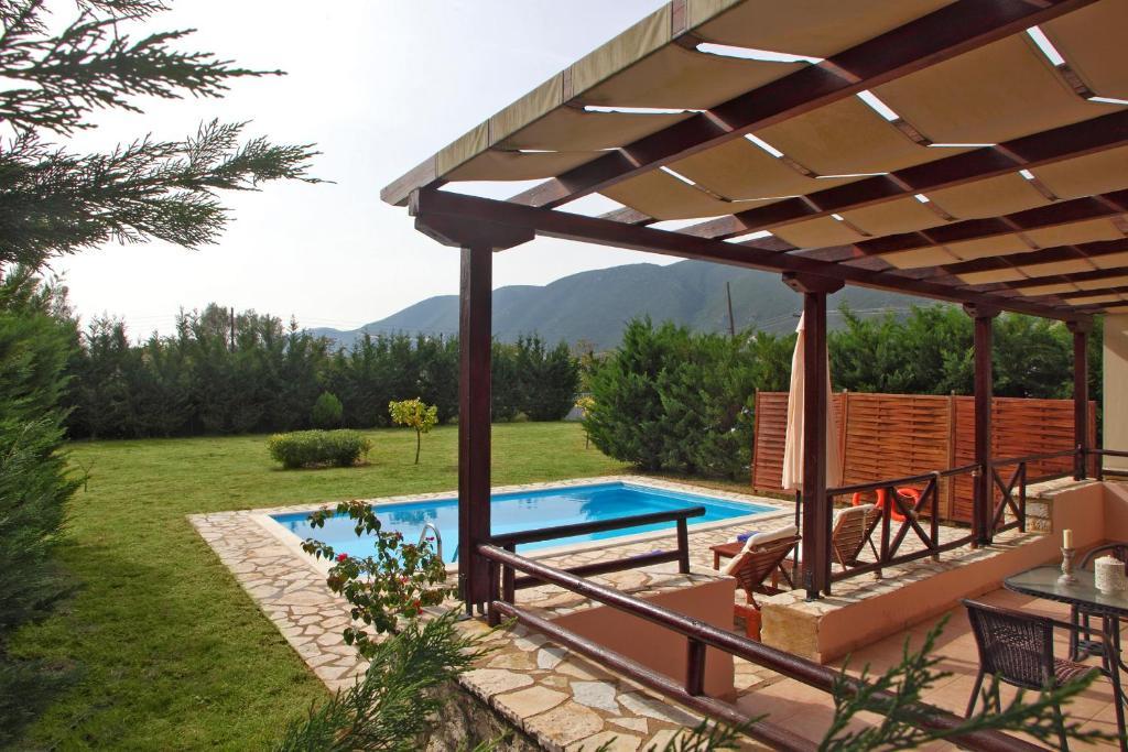 Piscina di Echinades Resort o nelle vicinanze