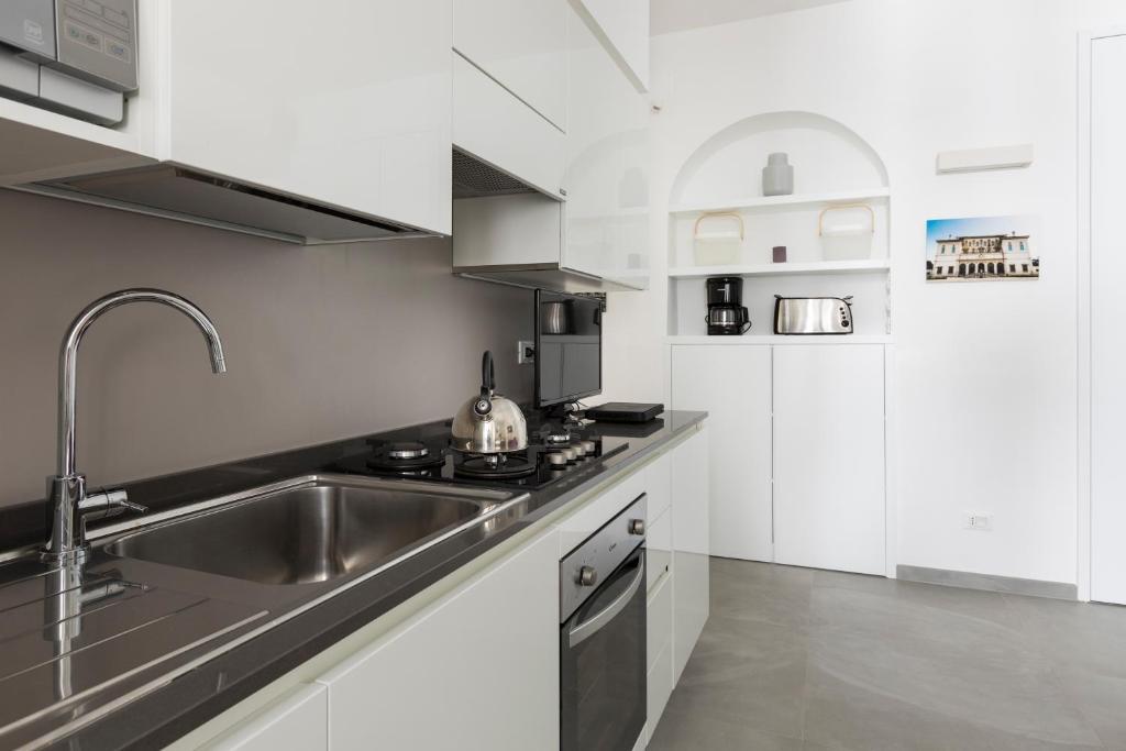 Residenza Borghese - Laterooms