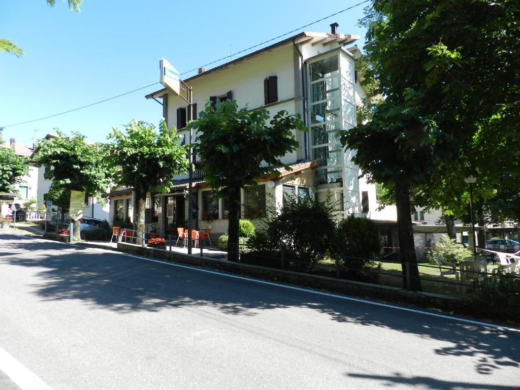 Albergo Ristorante Villa Svizzera Vidiciatico, Italy