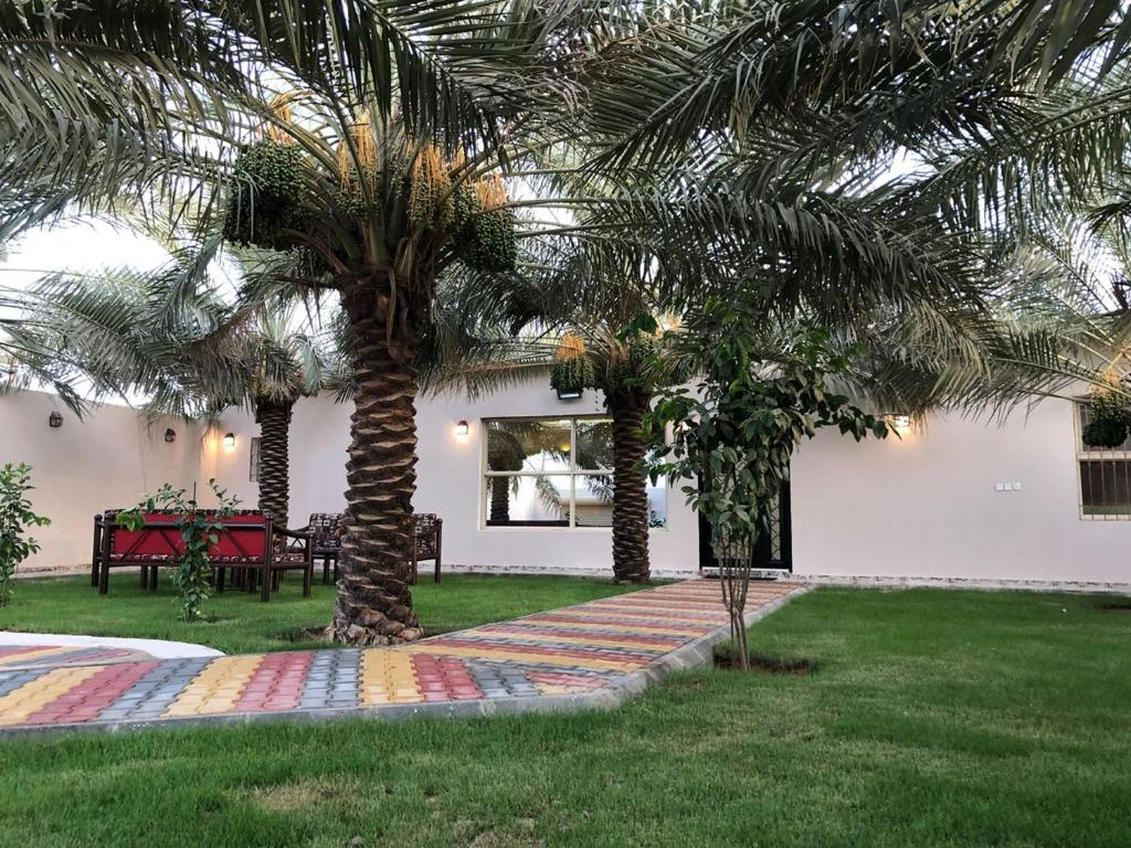 Um jardim em Kendah Chalet