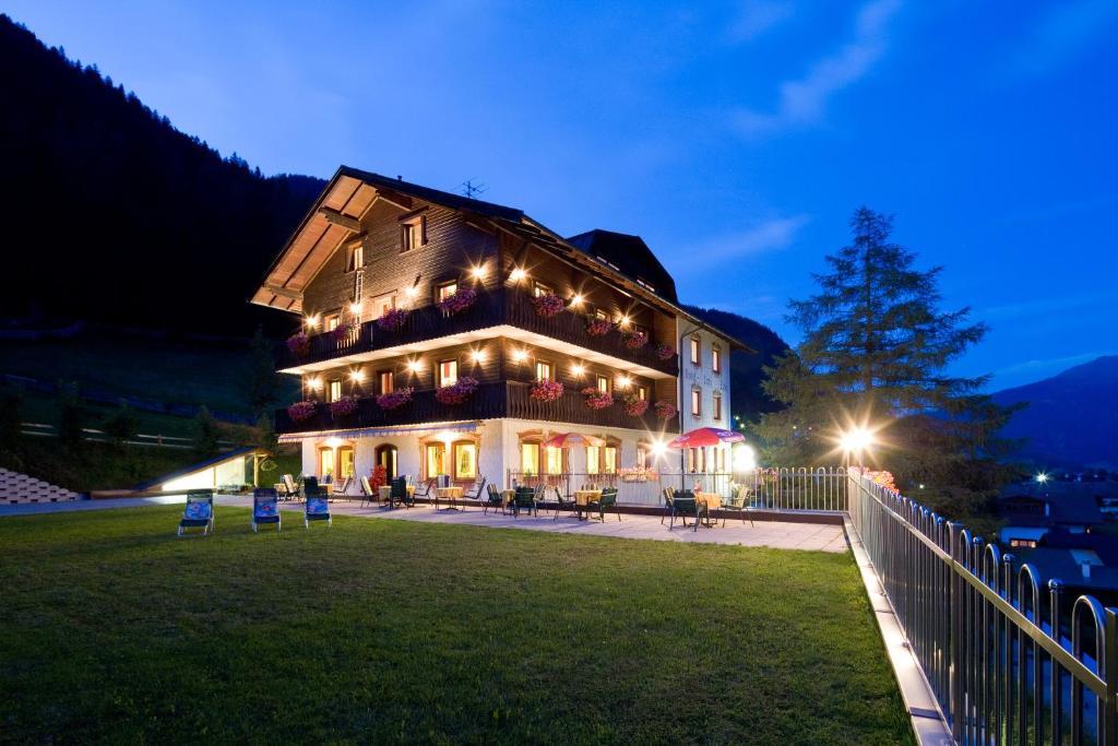 Hotel Zita Trins, Austria