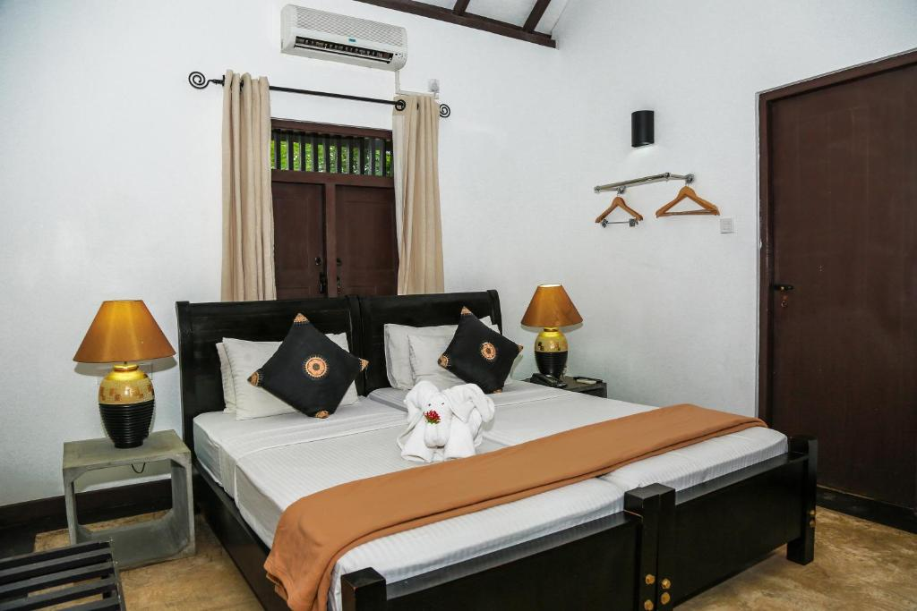 Photo of Standard Double/Twin Room with 10% Discount on F&B, Laundry #2