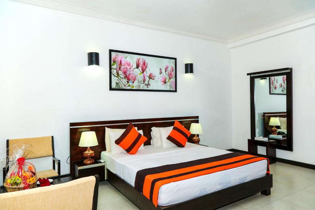Photo of Deluxe Double/Twin Room with with 10% Discount on F&B, Laundry #1