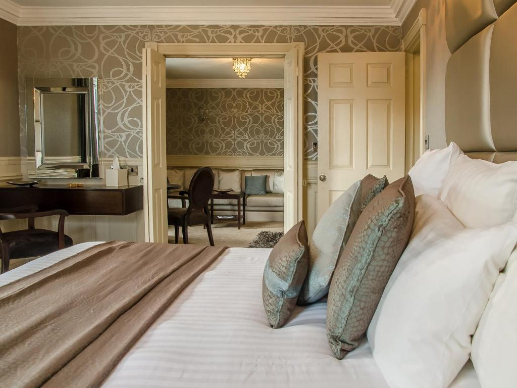 Cliff Hotel - Laterooms