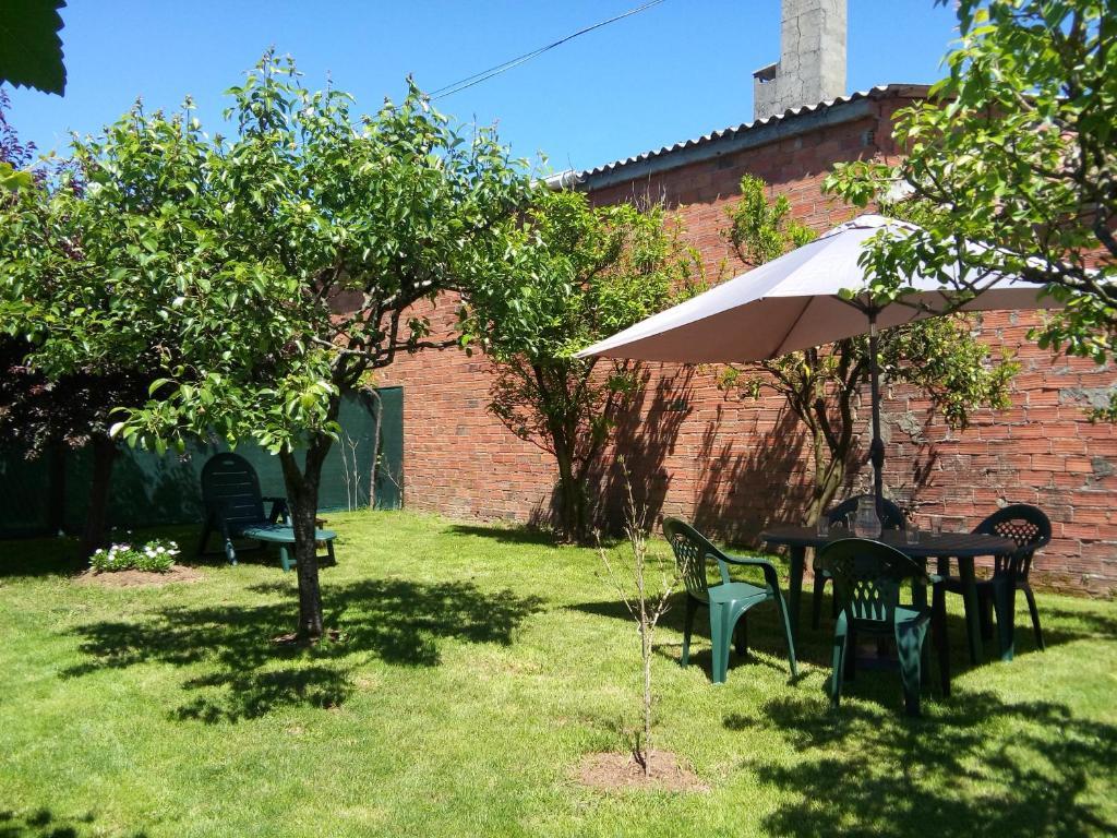 A garden outside Casa Do Zoqueiro