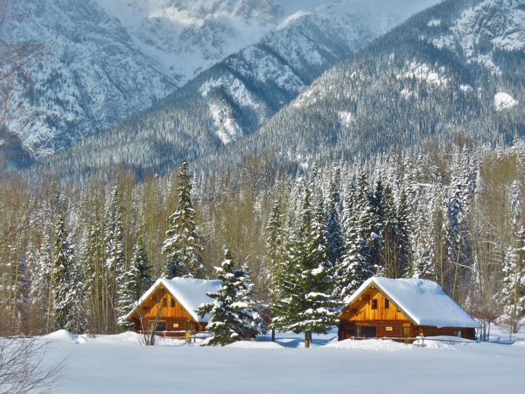 Rocky Ridge Resort-BC during the winter