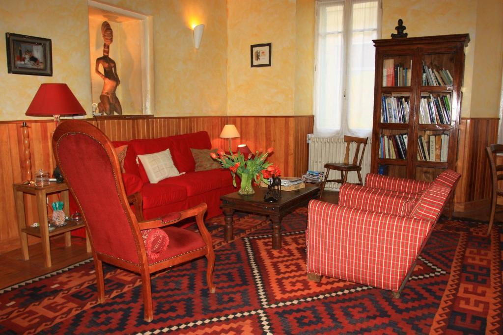 Hôtel Lou Cigaloun - Laterooms