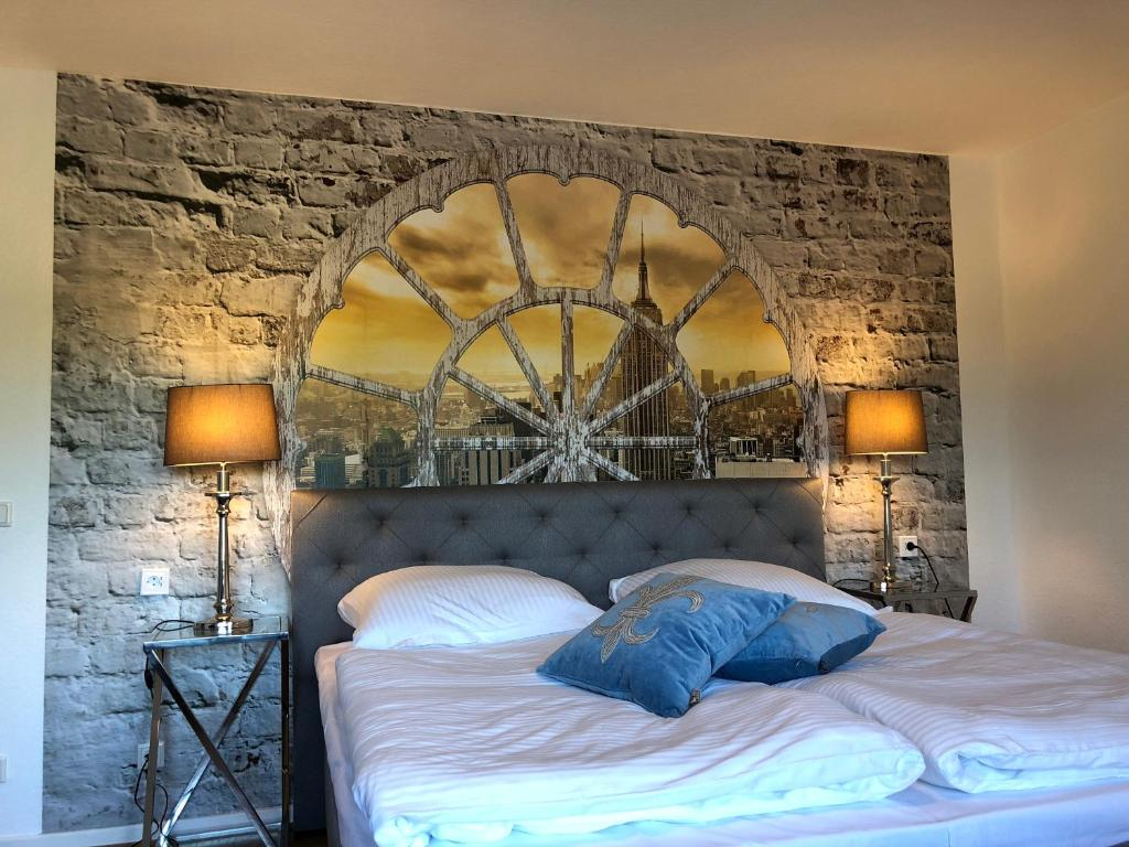 A bed or beds in a room at Wondervolles zuhause auf Zeit