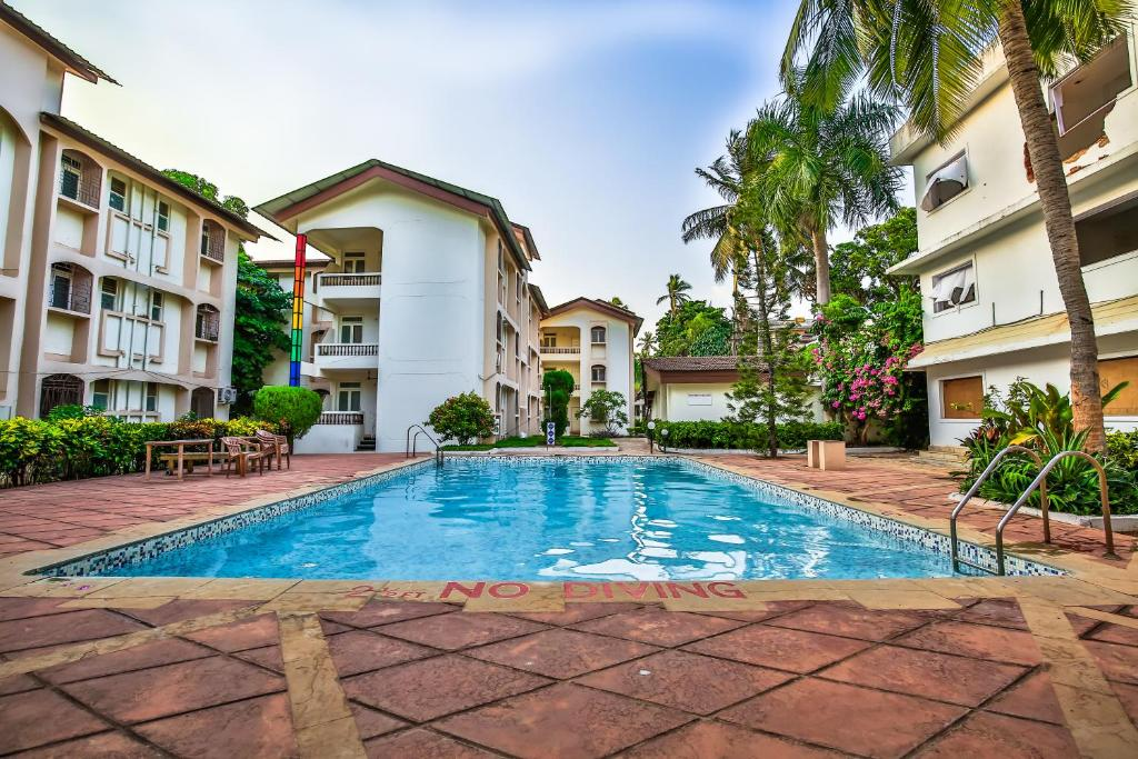 The swimming pool at or near Aspire Apartments