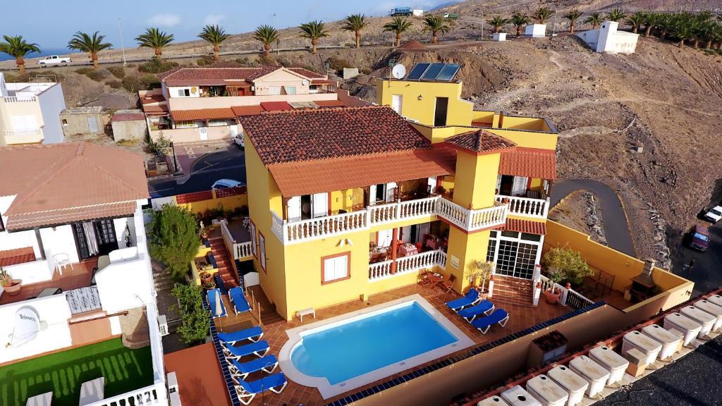 Blick auf Hotel La Colina aus der Vogelperspektive