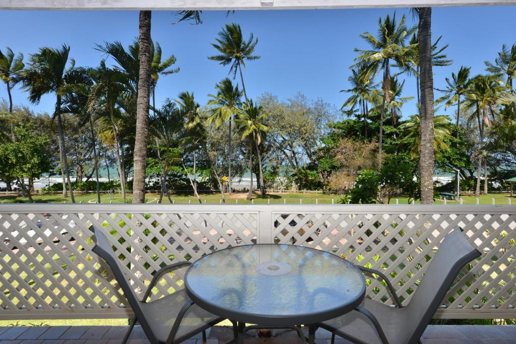 A balcony or terrace at Seascape Holidays at Beachfront Terraces