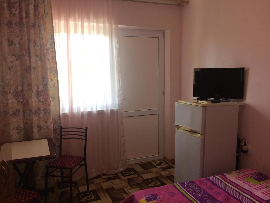Телевизор и/или развлекательный центр в Tatyana