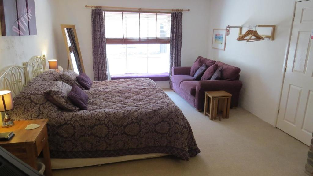 The Boat House Bed & Breakfast - Laterooms