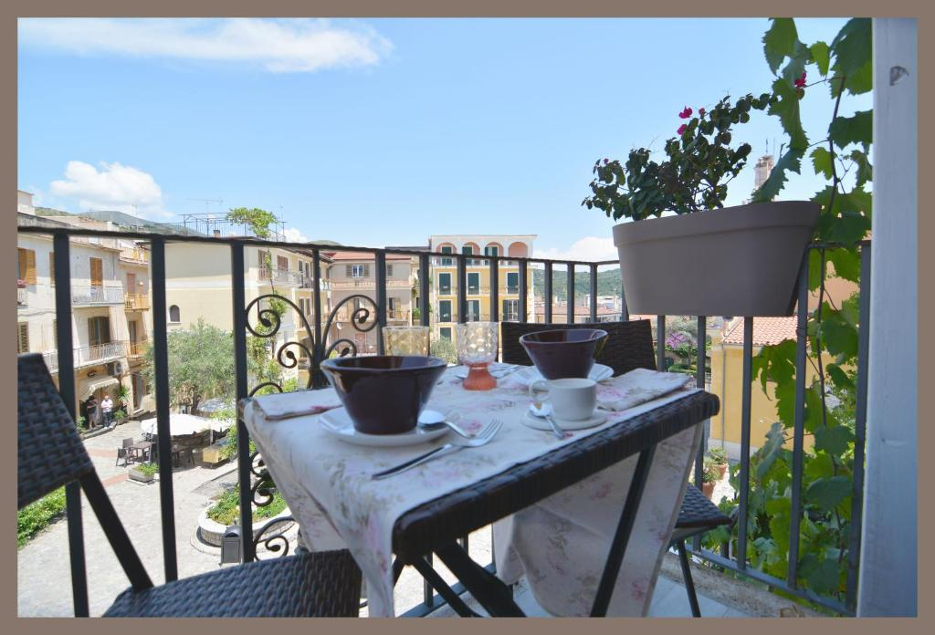 A balcony or terrace at B&b Slow life