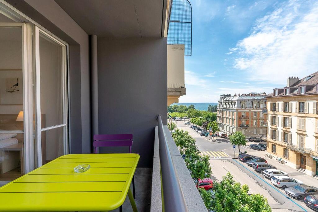 Балкон или терраса в Hôtel Des Arts