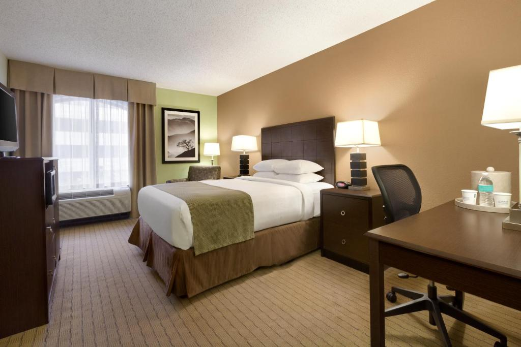 A room at the Days Inn by Wyndham Baltimore Inner Harbor.