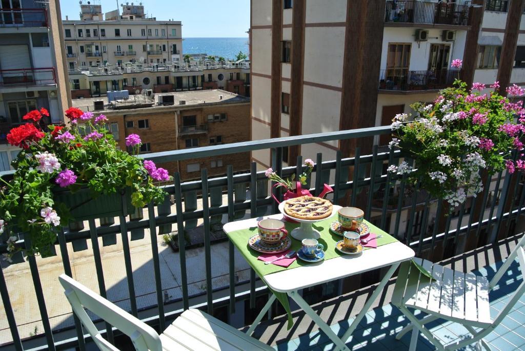 A balcony or terrace at Casa di Linda