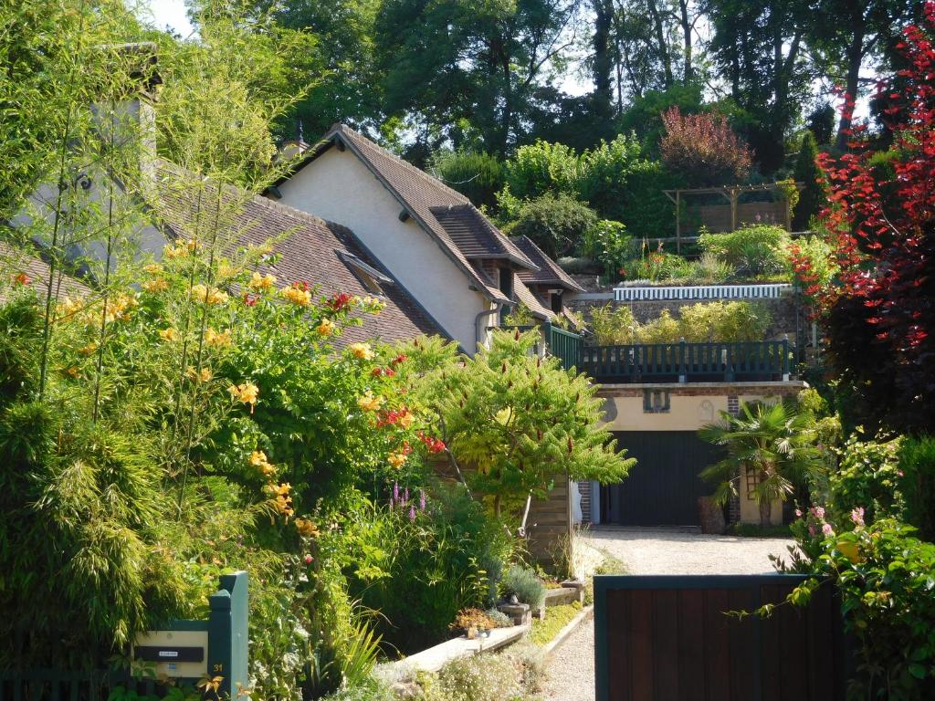 Bed And Breakfasts In Sainte-gemme-moronval