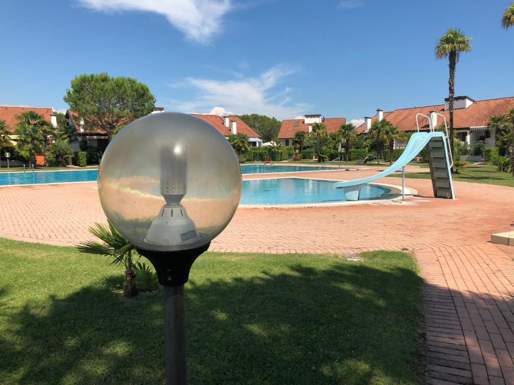 The swimming pool at or near Residence Corte del Sole Aprilia Marittima Costa Nord Adriatica