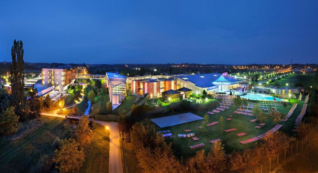 A bird's-eye view of Therme Laa - Hotel & Silent Spa