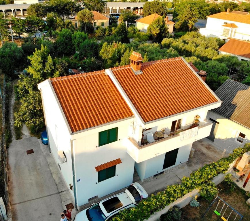 A bird's-eye view of Apartment ViP