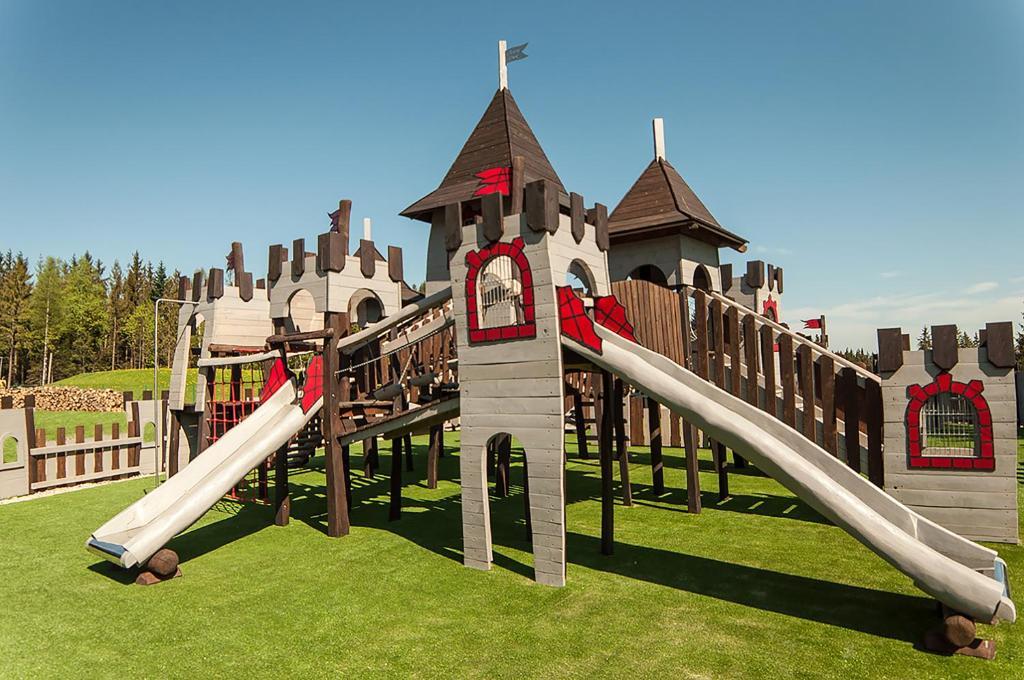 Children's play area at Rezydencja Nosalowy Dwór
