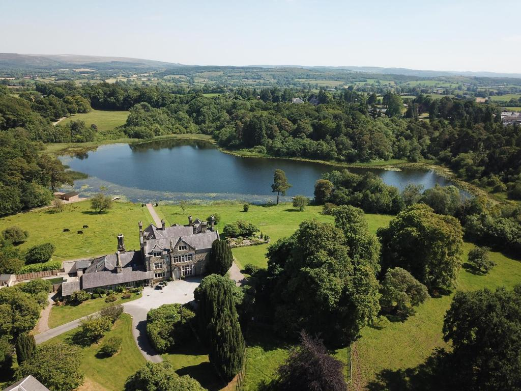 A bird's-eye view of Blessingbourne Cottages & Apartments