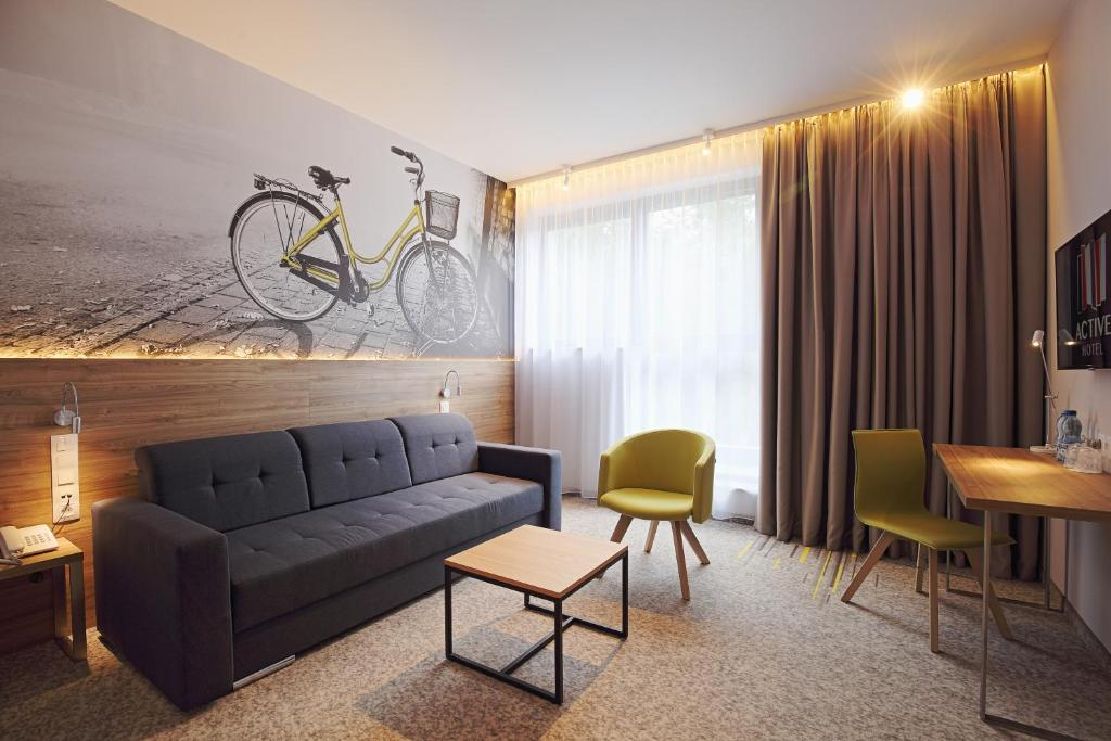 Część wypoczynkowa w obiekcie Active Hotel
