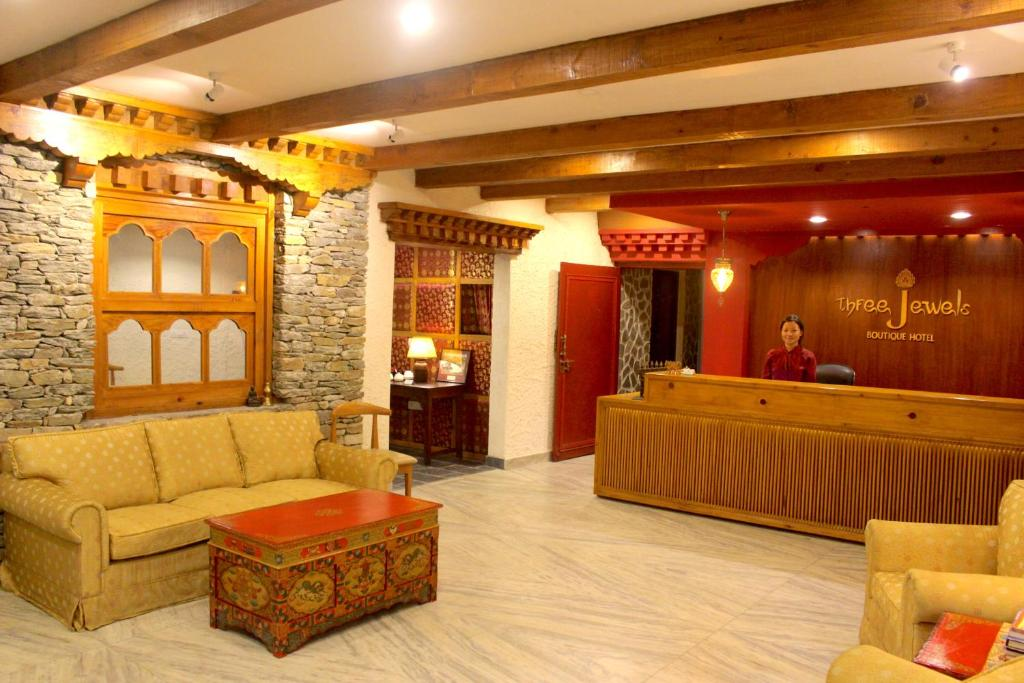 The lobby or reception area at Three Jewels Boutique Hotel