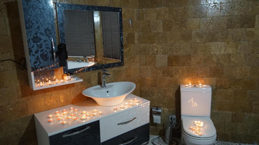 A bathroom at Castle Nolana