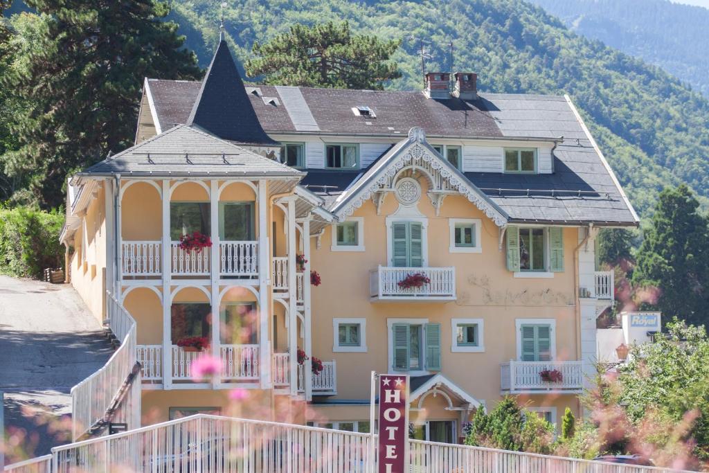 Chalet-Hotel Le Belvedere Brides-les-Bains, France