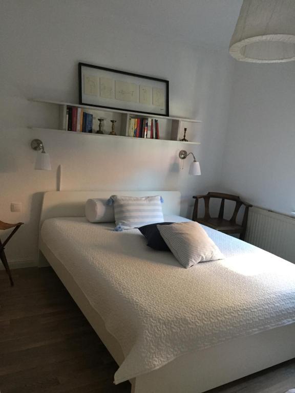A bed or beds in a room at Ferienwohnung am Kalkberg