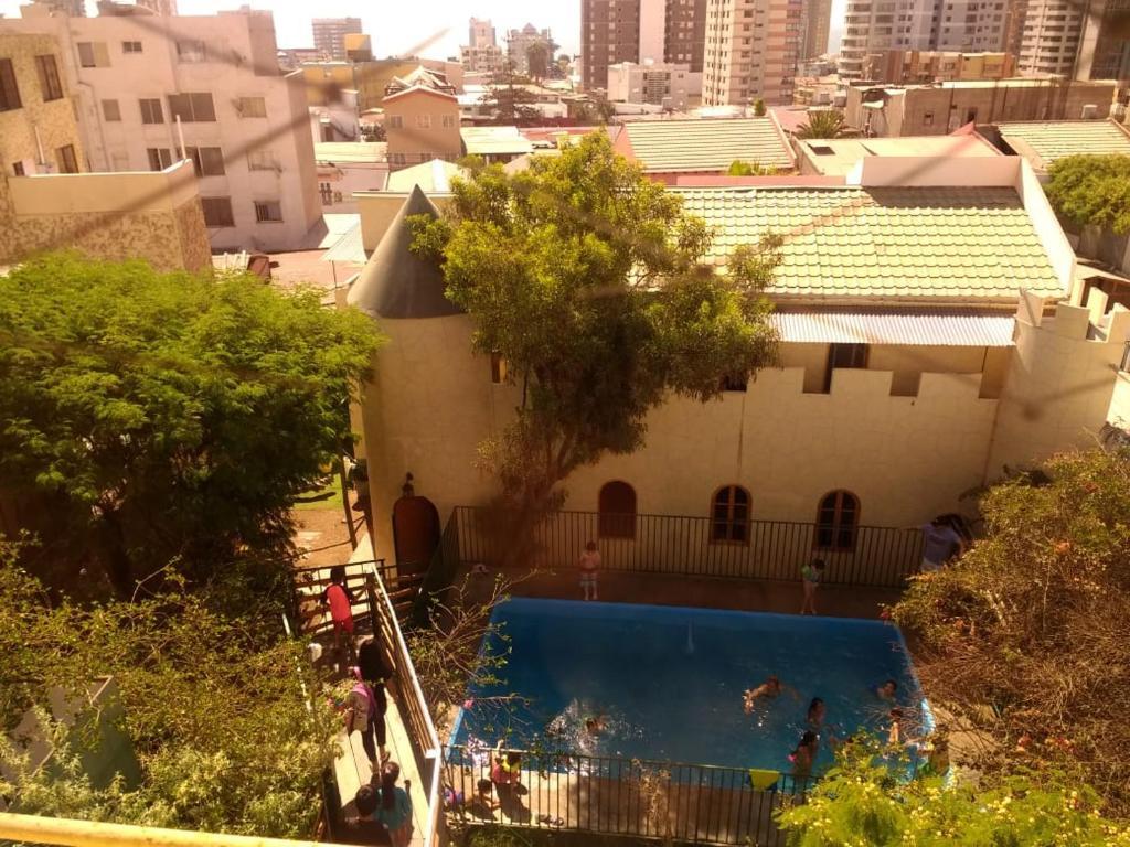 Vista de la piscina de Hotel Feudal o alrededores