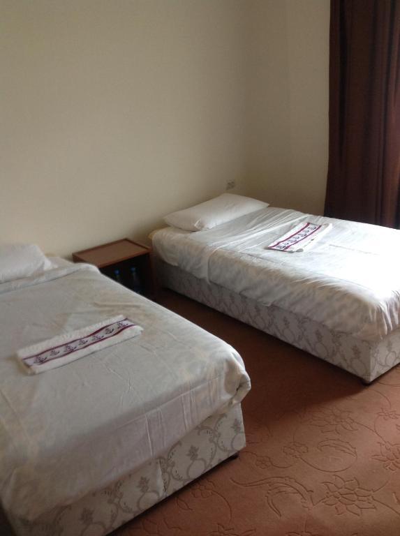 Cama ou camas em um quarto em Hostel One