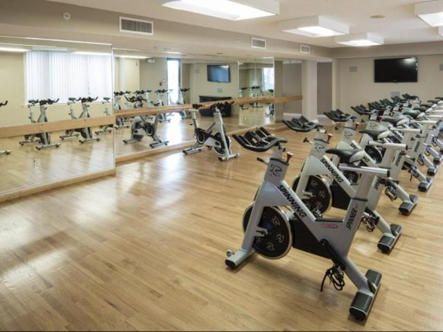 The fitness center and/or fitness facilities at National at Courthouse