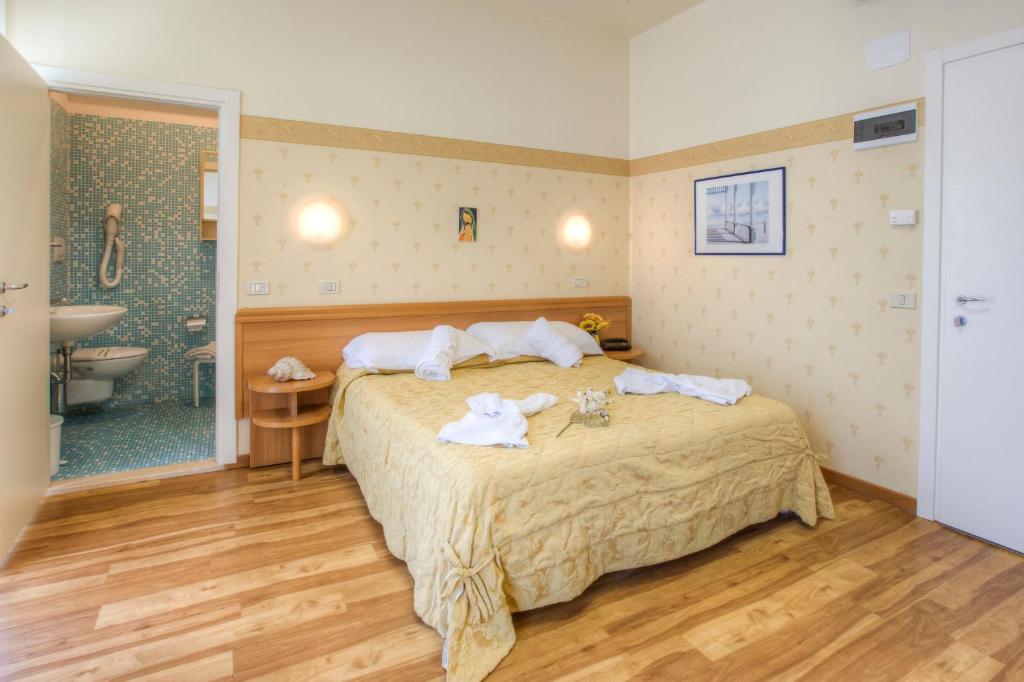 Hotel San Francisco Spiaggia Rimini, Italy