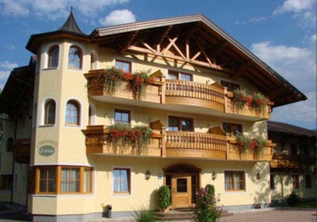 Landhaus Grunau Wals, Austria