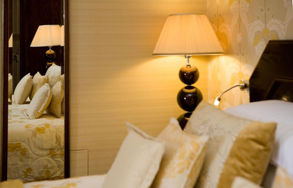 Armathwaite Hall Hotel - Laterooms