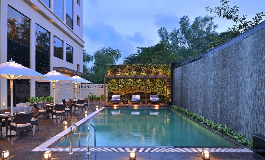 The swimming pool at or close to Radisson Mumbai Andheri MIDC