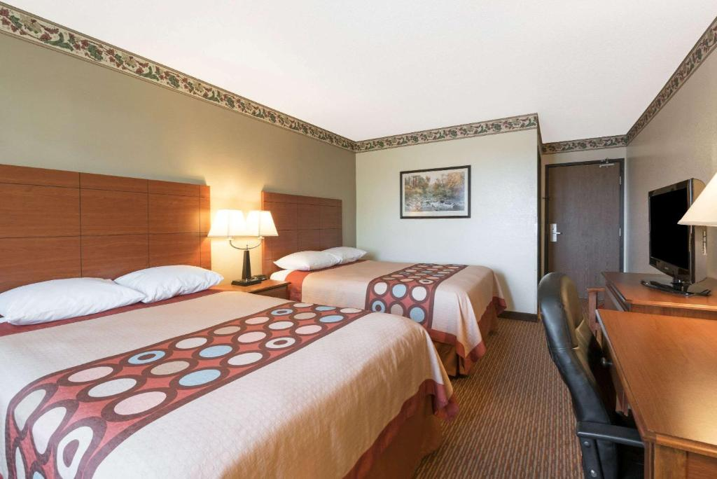 A room at the Super 8 by Wyndham Bemidji MN.