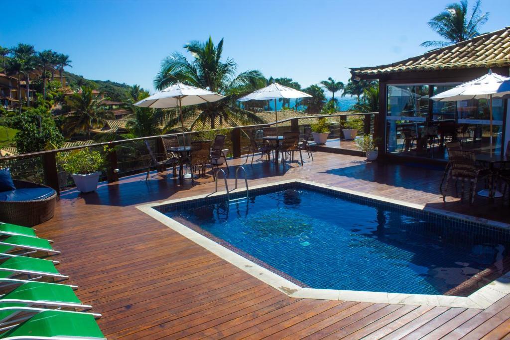 The swimming pool at or near Coronado Inn Hotel