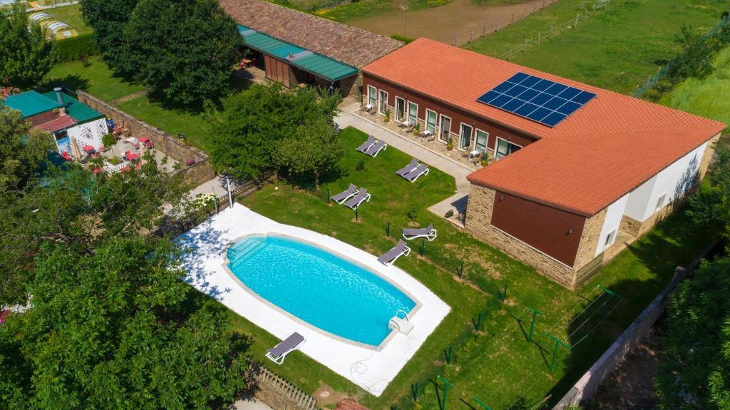 Vista de la piscina de Hotel Rural O Acivro o alrededores