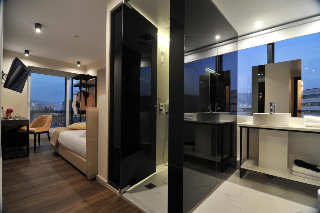 A bathroom at B4B Athens 365