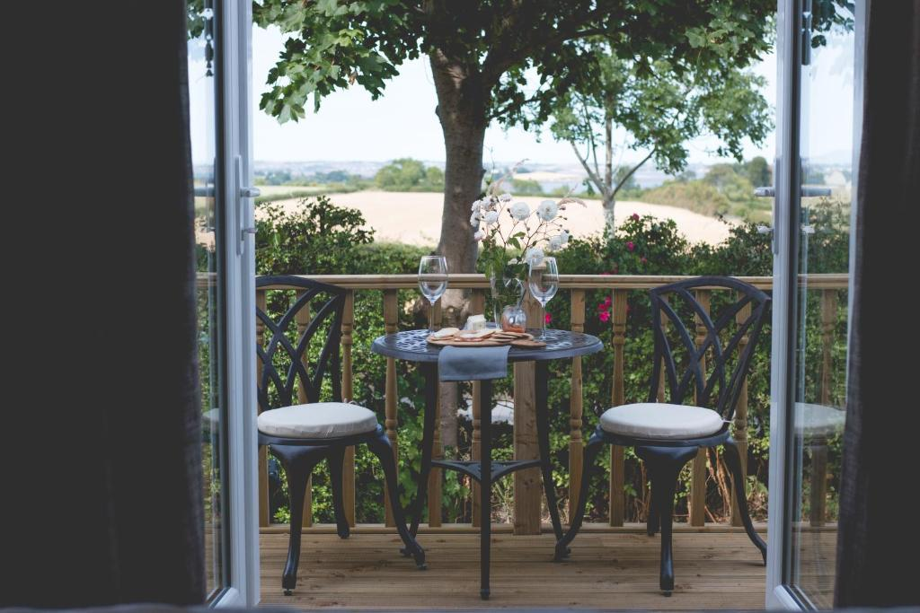 A balcony or terrace at The Stables at Ballygraffan