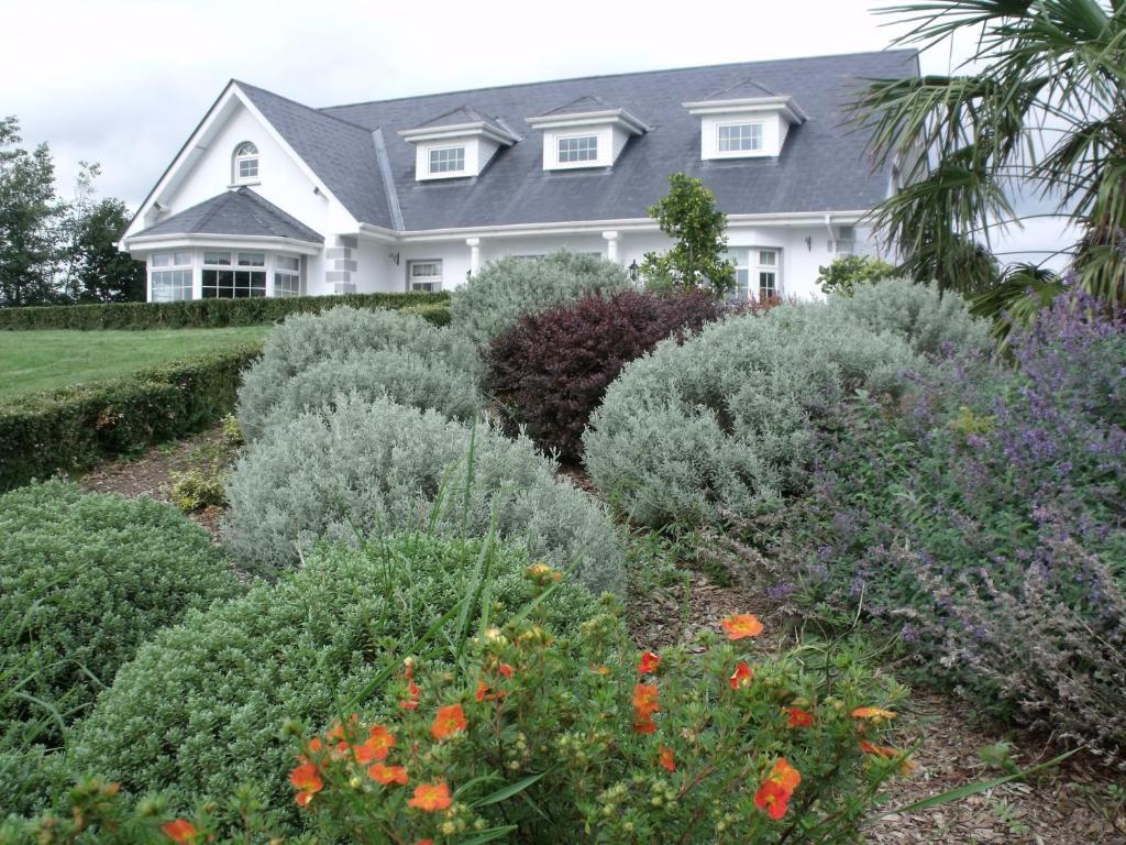 The Ridgewood Lodge