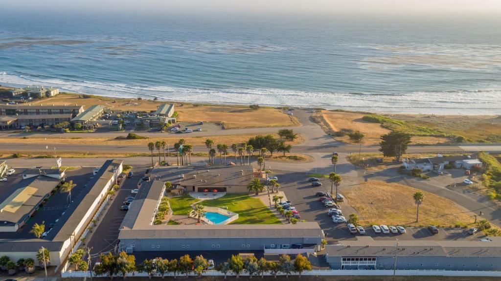 Blick auf San Simeon Lodge aus der Vogelperspektive